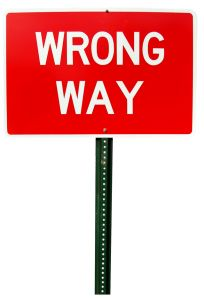 232552_wrong_way_sign.jpg